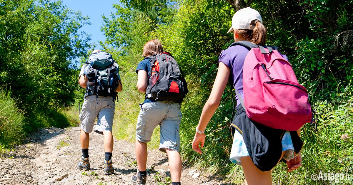 Itinerari escursioni e passeggiate sull 39 altopiano di asiago for Baite ad asiago