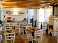 La sala ristorante di Malga Verde