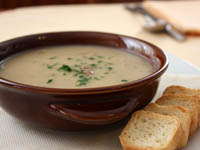 zuppa ai porcini