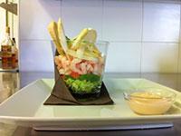 insalata di gamberetti con salsa
