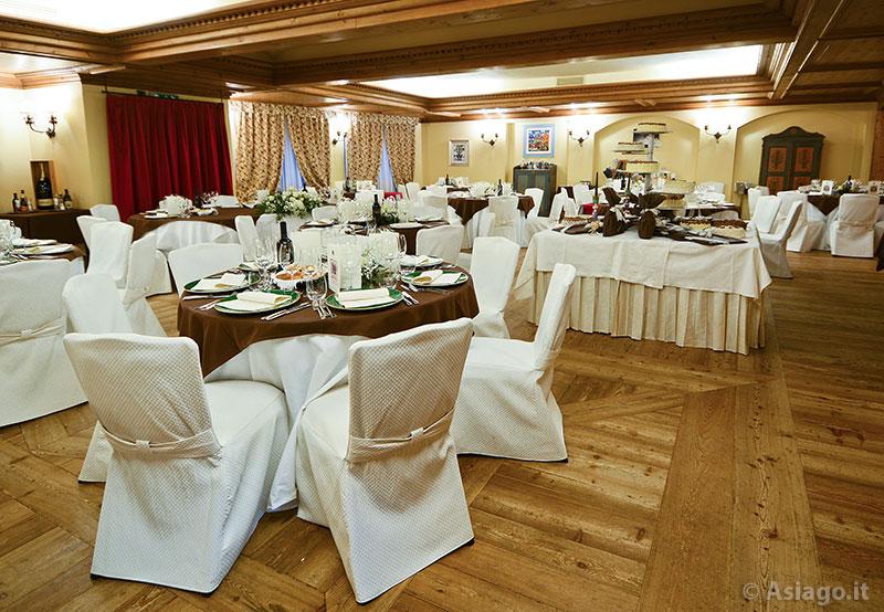 da creativo sala Rustica pranzo : ... fiori Insegna Hotel Ristorante Gaarten Sala da Pranzo per Matrimonio