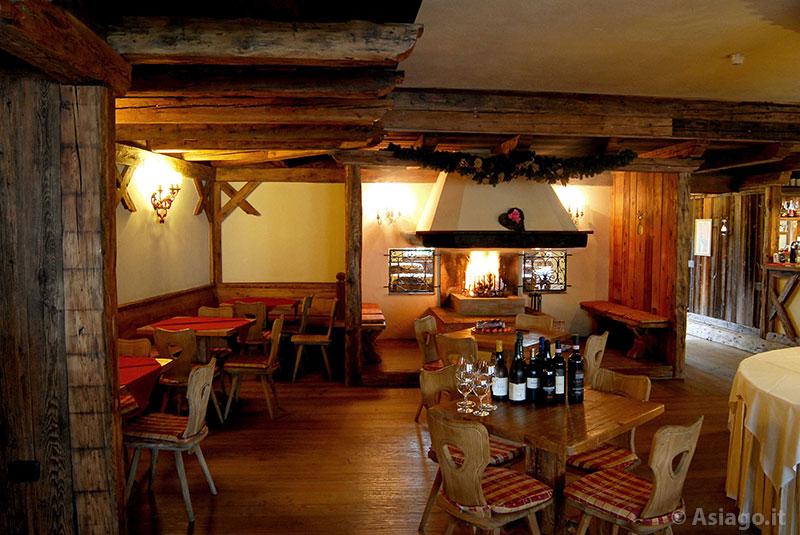 Sala Da Pranzo Rustica : Sale da pranzo rustiche pavimenti in cotto una microguida con l